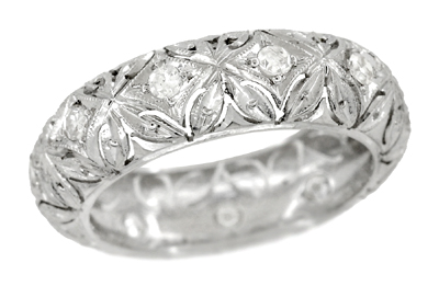 Art Deco Diamond Set Antique Wedding Band in Platinum in Ring Size 5 1/4