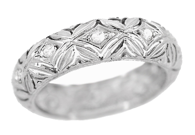 Titicus Antique Filigree Flower Edwardian Diamond Wedding Band in Platinum