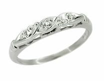 Art Deco Diamond Set Filigree Wedding Ring in 14 Karat White Gold