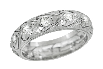 Art Deco Eastford Diamonds and Hearts Antique Wedding Band in Platinum - Size 5 1/2