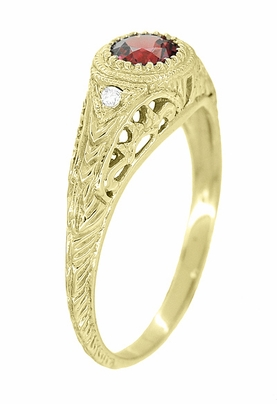 Art Deco Engraved Almandite Garnet and Diamond Filigree Engagement Ring in 18 Karat Yellow Gold - Item R138YAG - Image 2