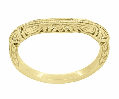 Art Deco Filigree and Wheat Engraved Curved Wedding Ring in 14 Karat Yellow Gold - Item WR161Y - Image 2