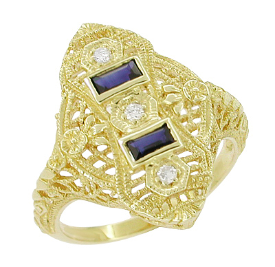 Art Deco Filigree Diamond and Sapphire Ring in 14 Karat Yellow Gold