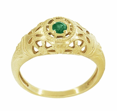 Art Deco Filigree Emerald Ring in 14 Karat Yellow Gold - Item R428YE - Image 2
