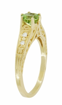Art Deco Filigree Peridot and Diamond Engagement Ring in 14 Karat Yellow Gold - Item R158YPER - Image 2