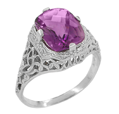 Art Deco Flowers and Leaves Amethyst Filigree Ring in 14 Karat White Gold