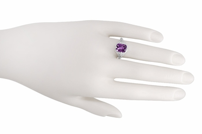 Art Deco Flowers and Leaves Amethyst Filigree Ring in 14 Karat White Gold - Item R324 - Image 2