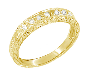 Art Deco Scrolls Diamond Engraved Wedding Ring in 18 Karat Yellow Gold