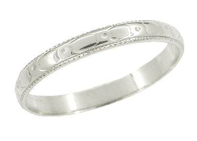 Art Deco Wedding Flowers Ring in 18 Karat White Gold