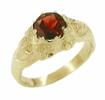 Art Nouveau Garnet Set Lady Ring in 14 Karat Yellow Gold | Antique 1910 Ring Design