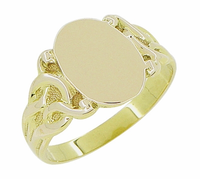 Art Nouveau Oval Signet Ring in 14 Karat Yellow Gold - Item R878Y - Image 2