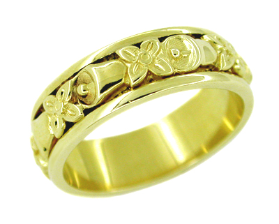 Bells and Flowers Wedding Band in 14 Karat Gold