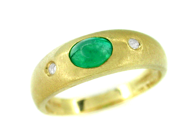 Cabochon Emerald and Diamond Ring in 14 Karat Yellow Gold