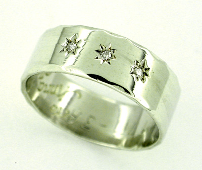 Diamond Set Antique Wedding Band in 9 Karat White Gold