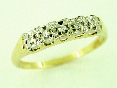 Diamond Wedding Band in 14 Karat Gold