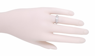 Filigree Art Deco Diamond Antique Wedding Ring in Platinum - Size 5 - Item R507 - Image 1