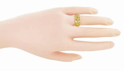 Retro Moderne Scrolls and Leaves Filigree Wedding Ring in 14K  - 8.5mm Wide - Size 5.5 - Item R702Y - Image 1