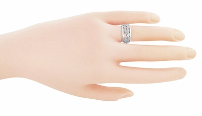 Retro Moderne Scrolls and Leaves Filigree Wedding Ring in Platinum - Item R702P - Image 1