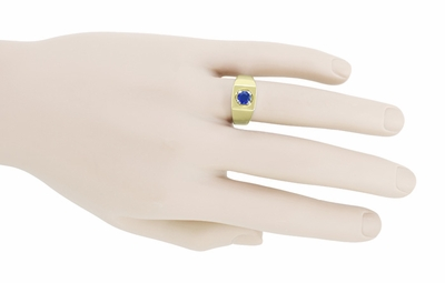 Men's Royal Blue Sapphire Ring in 14 Karat Yellow Gold - Item MR102 - Image 2