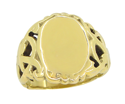Mens Art Nouveau Oval Signet Ring in 14 Karat Yellow Gold