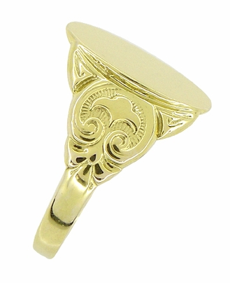 Mens Oval Victorian Signet Ring in 14 Karat Yellow Gold - Item R893 - Image 1