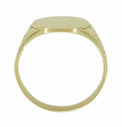 Mens Victorian Oval Antique Signet Ring in 10 Karat Gold - Item R980 - Image 2