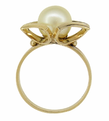 Mid Century Vintage Buttercup Frame Pearl Solitaire Ring in 18 Karat Yellow Gold - Item R924 - Image 1