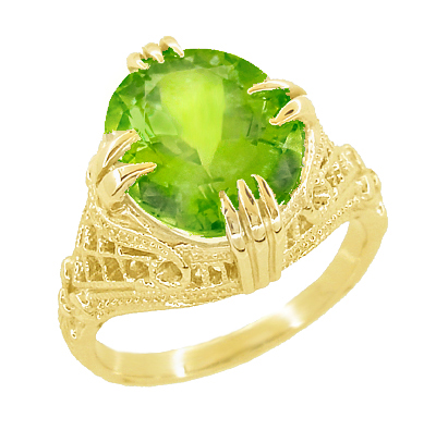 Art Deco Filigree Peridot Statement Ring in 14 Karat Yellow Gold