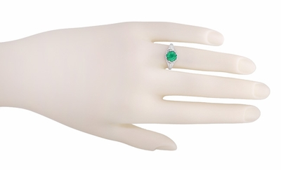 Regal Crown Emerald Engagement Ring in Platinum - Item R419 - Image 2