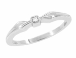 Retro Moderne Bow Motif White Sapphire Band in 14 Karat White Gold