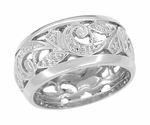 Retro Moderne Scrolls and Leaves Engraved Filigree Wedding Ring in 14 Karat White Gold