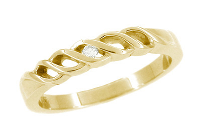 Scroll Diamond Wedding Band in 14 Karat Yellow Gold