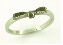 Three Leaves Ring in 14 Karat White Gold