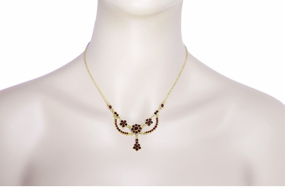 Victorian Bohemian Garnet Teardrop Necklace in Sterling Silver and Yellow Gold Vermeil - Item N110 - Image 2
