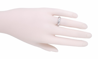 """X"" and ""O"" Kisses Diamond Vintage Wedding Band in 14 Karat White Gold - Size 5 1/2 