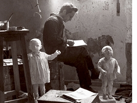 Featured image is Antonio López in his studio, 1973. It is reproduced from <I>Antonio López</I>.