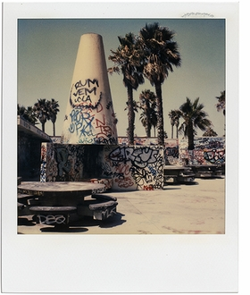 Featured image is reproduced from 'Dennis Hopper: Polaroids.'