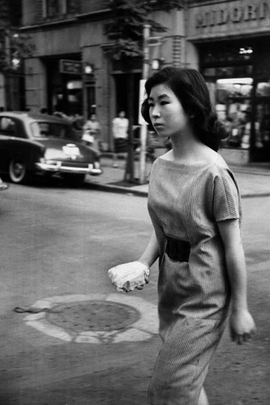 Featured image is reproduced from <I>Marc Riboud: To Asia</I>.