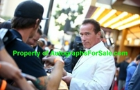 Arnold Schwarzenegger autographed Terminator 2 8x10 photo matted & framed