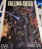 Falling Skies cast autographed 2013 Comic-Con poster (Moon Bloodgood Sarah Carter Collin Cunningham Will Patton Noah Wyle)
