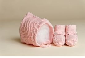 baby girl bonnet and bootie set