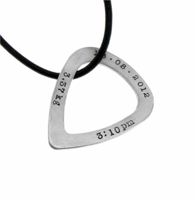 guitar pick washer with necklace