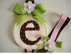 hand painted round wall letter hair bow holder - brown with green dots
