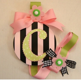 hand painted round wall letter hair bow holder - pink stripe
