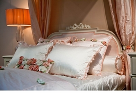 lulla smith adult size linens