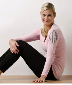 queen of cashmere monogrammed cashmere v-neck sweater