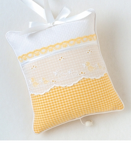 yellow checker crib bedding