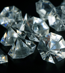 Acrylic Diamonds 1.5in | Pack of 16