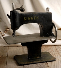 "12"" Vintage Industrial Sewing Machine (prop)"