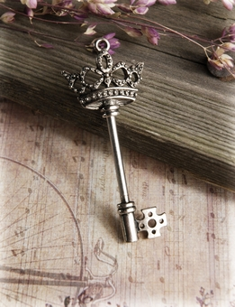"3"" Key with Crown Top"